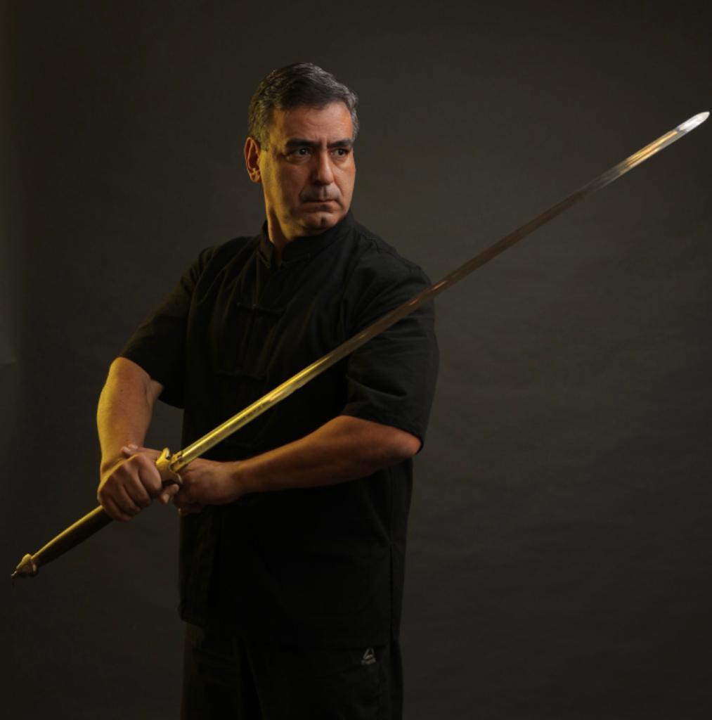 Northern Shaolin Kung Fu Sifu Roberto Baptista